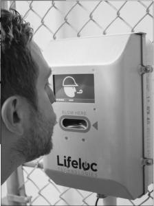 uso del alcoholímetro como un filtro de acceso al Centro de Trabajo